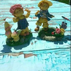 Boy and Girl Summer Day Knick-knacks Decor